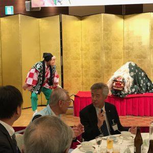成田家社中の軽妙な踊り